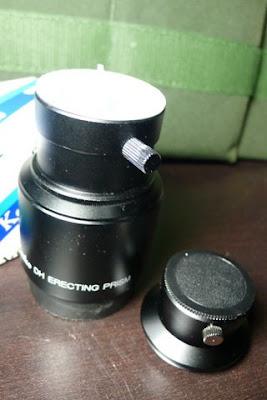 原目鏡座規格是日規24.5mm的,但其與正像鏡連接是採36.4mm規格的牙,自行換上轉31.7的目鏡座來使用。