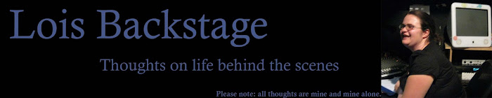 Lois Backstage