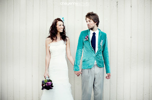 bride and groom turquoise suit jacket