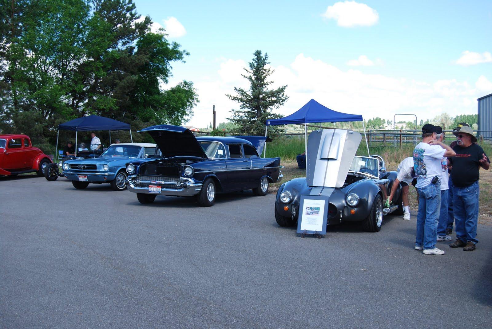 blog art and car: Classic Car Cruise Night: Falls Baptist Show