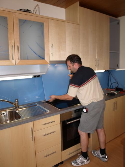 Tagebuch der tischlerei slawitscheck montage der kuche for Küche inklusive montage