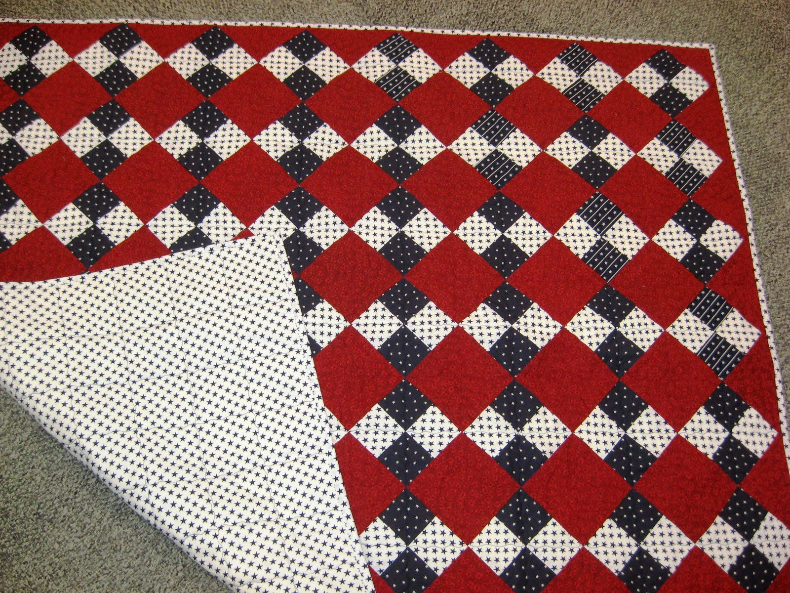 TOWN BEES: Veterans Day Quilt 2010