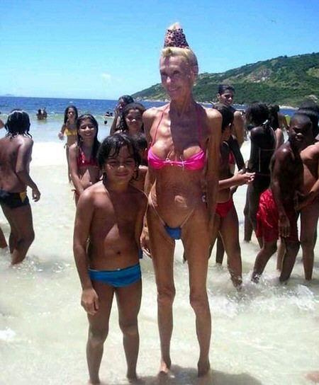 fotos de mujeres con bikini: