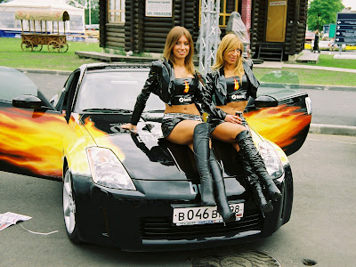 wallpapers of cars with girls. girls Wallpapers Cool Cars