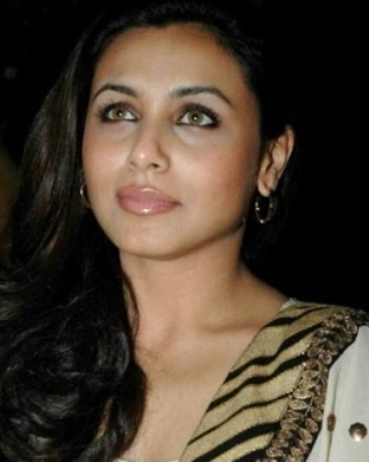 rani mukherjee hot. Rani Mukherjee Hot Wallpapers,