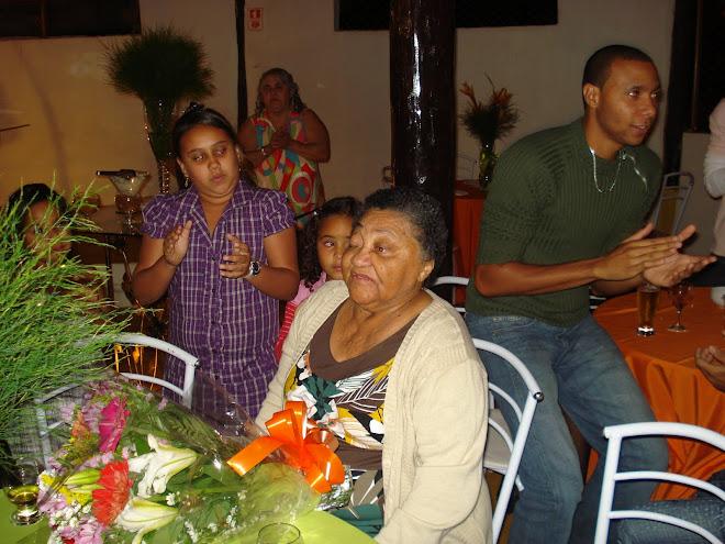 76 anos Dona Raimunda