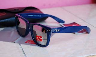 [wayfarer+blue2.jpg]