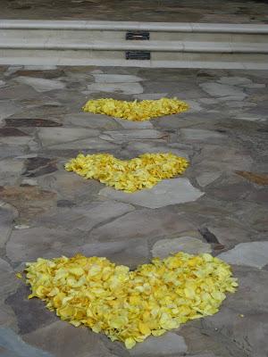 wedding flower petals