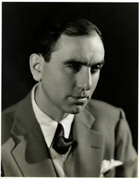 Director and musical choreographer: Busby Berkeley.