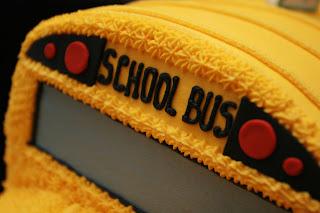 Cake Artist School : The Cake Artist: School Bus Cake