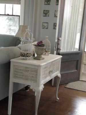 empapelar un mueble con partituras amor por la decoraci n