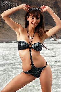 Eimy Dean, Chicas en la Playa