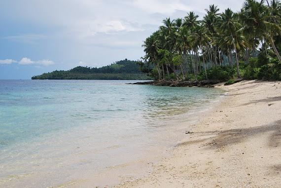 Pantai Madale Poso