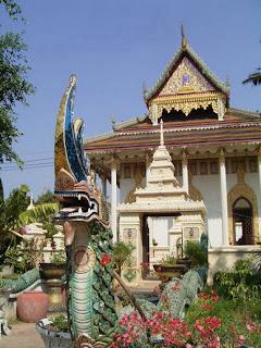 Wat Kaew Phichit