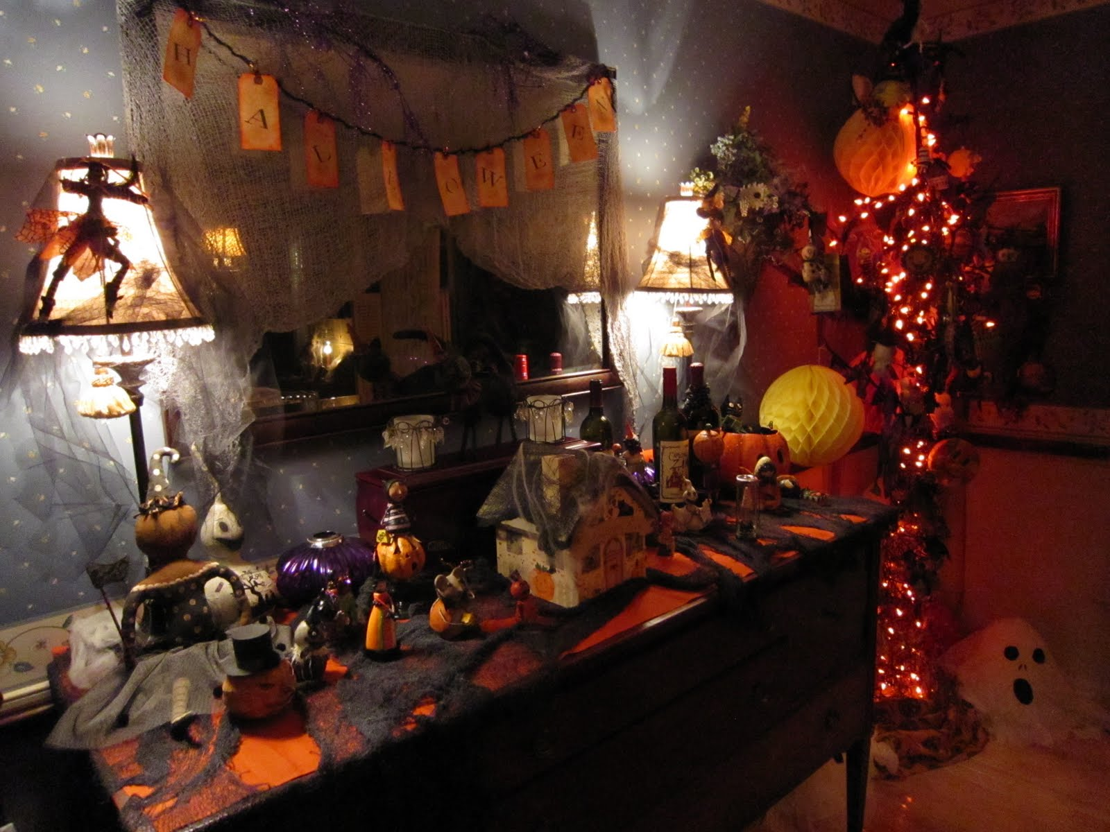 Halloween Wall Decoration Ideas : My little world october