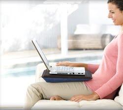 Laptop tartó  Párnázott laptop tartó 187d38d0fc
