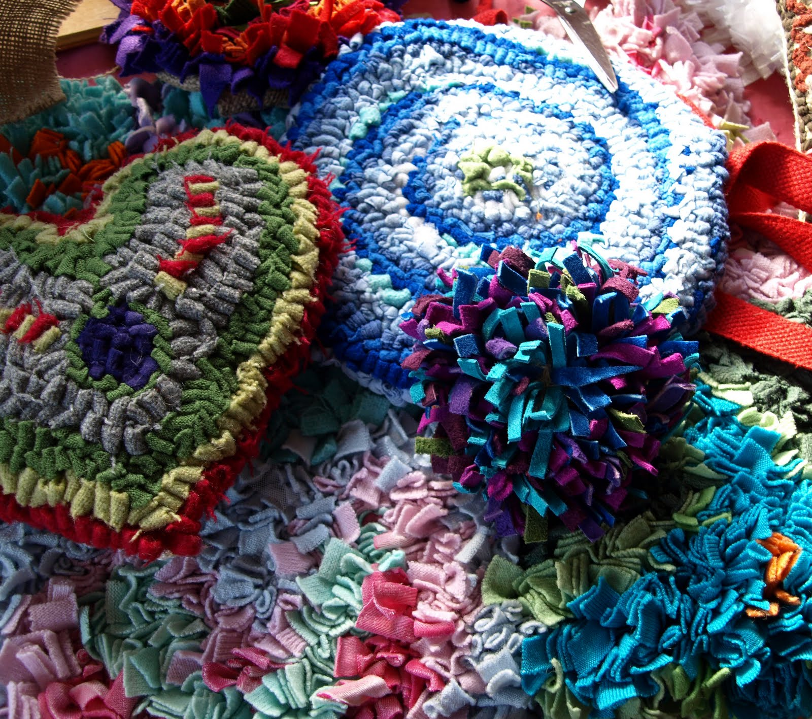 Broadland Arts: Rag Rugs With Debbie Siniska