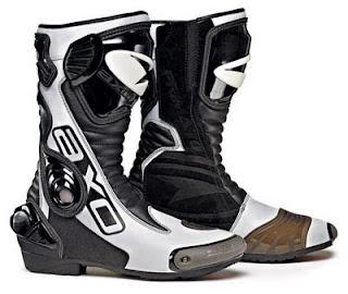 boots motogp