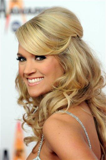 Carrie Underwood CMAjpg