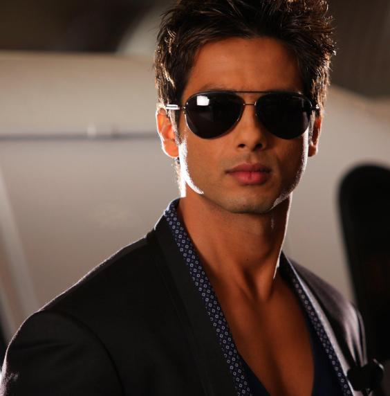 sahid kapoor wallpaper. Shahid Kapoor Wallpaper, Photo