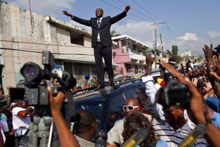 Balawou wilclef jean out - Manifestation a port au prince aujourd hui ...
