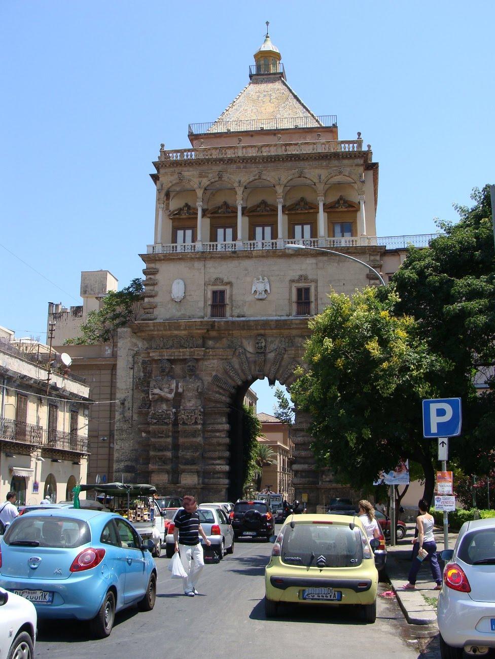 Palermo e dintorni ma anche le antiche porte di palermo - Porte a palermo ...