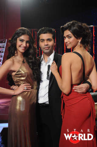 Sonam Kapoor And Deepika Padukone Koffee With Karan Hot Stills