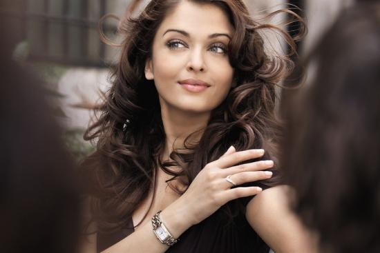 Aishwarya Rai Longines Dolcevita Print Ad