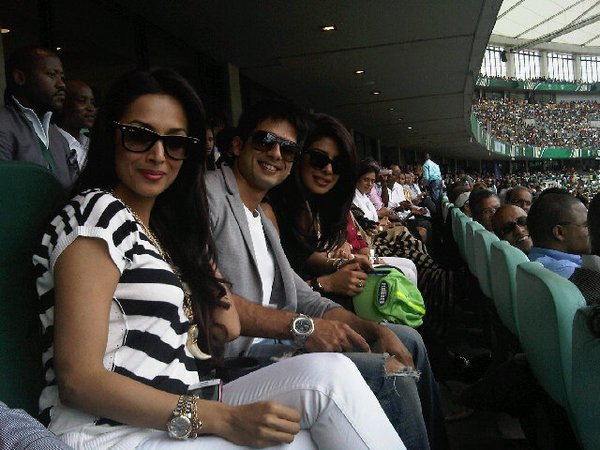 Malaika, Priyanka, Shahid Spotted At India VS South Africa Match