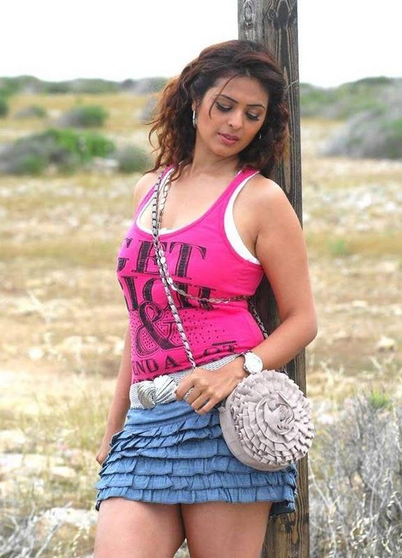 Anjana Sukhani Latest Hot Pictures sexy stills