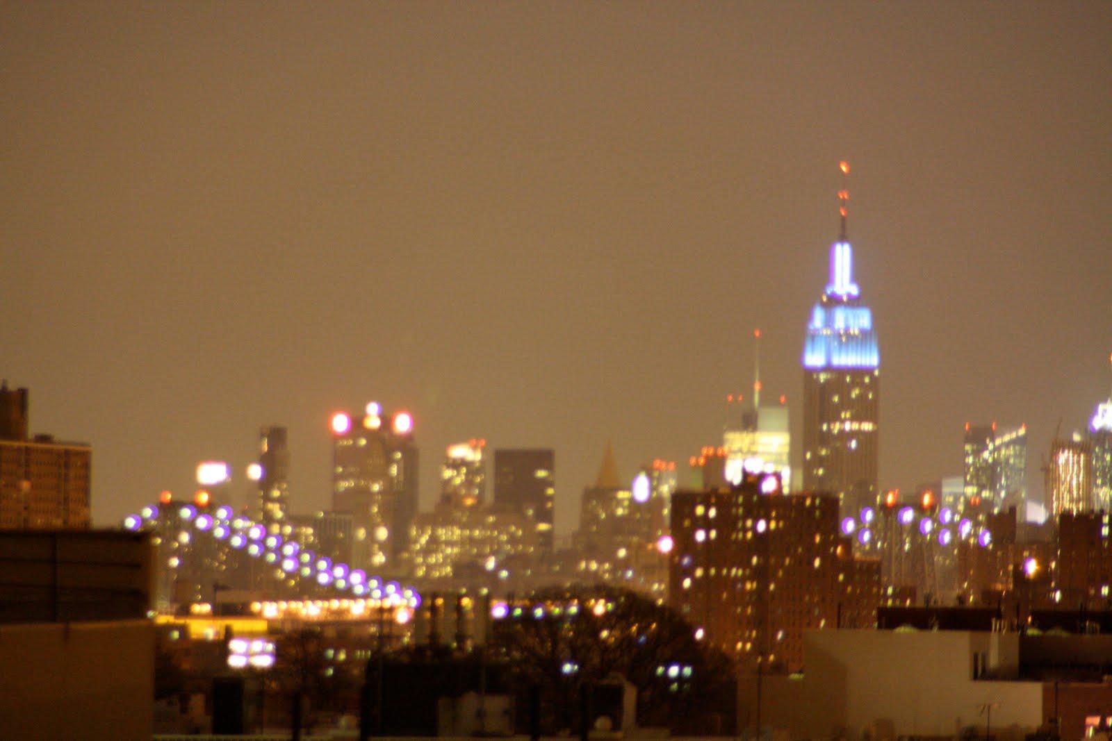 http://4.bp.blogspot.com/_qSk8NLxxMtQ/TE-EuTBxKvI/AAAAAAAABJc/Cj_Zyv0zmAc/s1600/20091205_Thanksgiving+ATL+Empire+State_0002.jpg