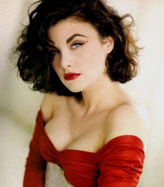 Sherilyn Fenn mobile photo 96
