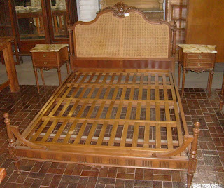 Antiguedades 25 juego de dormitorio luis xvi esterillado for Juego de dormitorio luis xvi