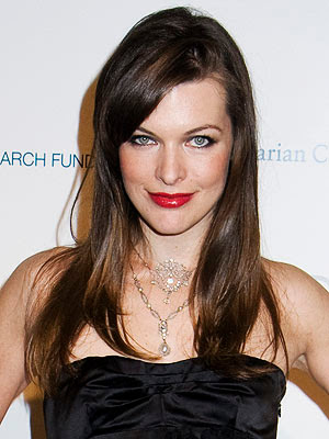 milla jovovich breast