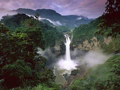 http://4.bp.blogspot.com/_qUFDMUpk9jE/SkMXAqyAMdI/AAAAAAAAVTM/JK3zgSVSbEc/s400/san-rafael-falls-quijos-river-amazon-ecuador.jpg