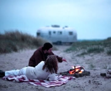 Airstream trailer Living on the Beach
