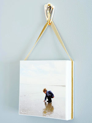 photo canvas hanging on shell hook