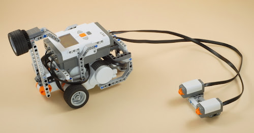 Lego Mindstorm Nxt Fighting Robot