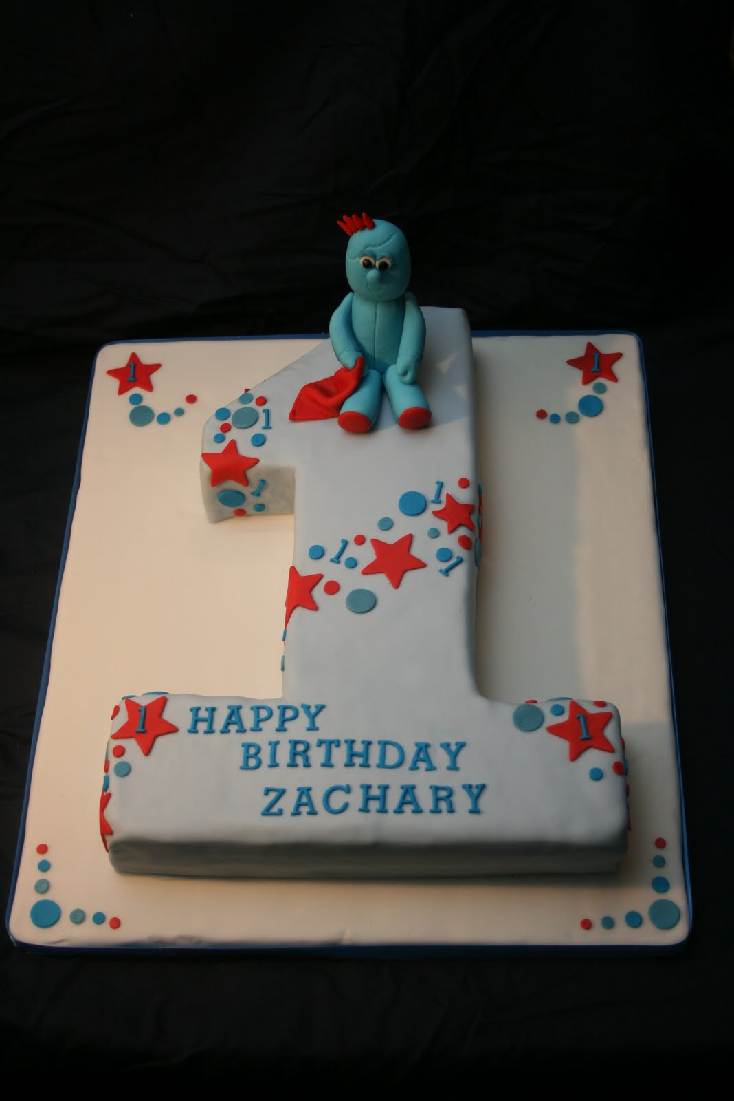 Number 2 Shaped Cakes http://goodcakesarah.blogspot.com/2010/10/iggle-piggle-number-2.html