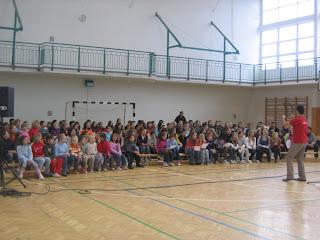 KözépPont Kórus 2010, vez: Street Gábor