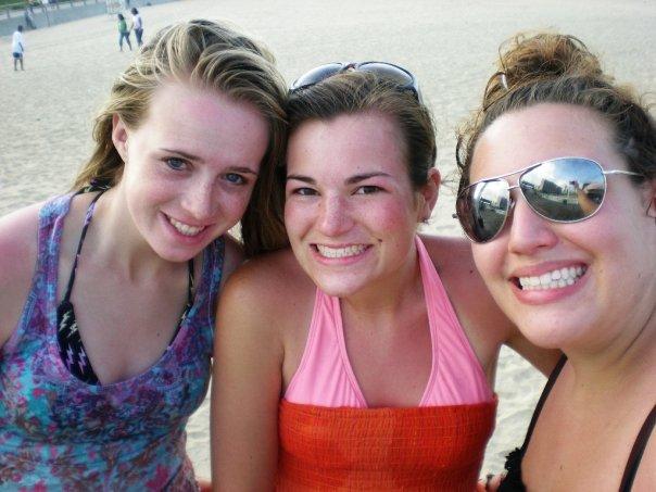 [beach+babes]