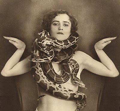 external image snake.jpg