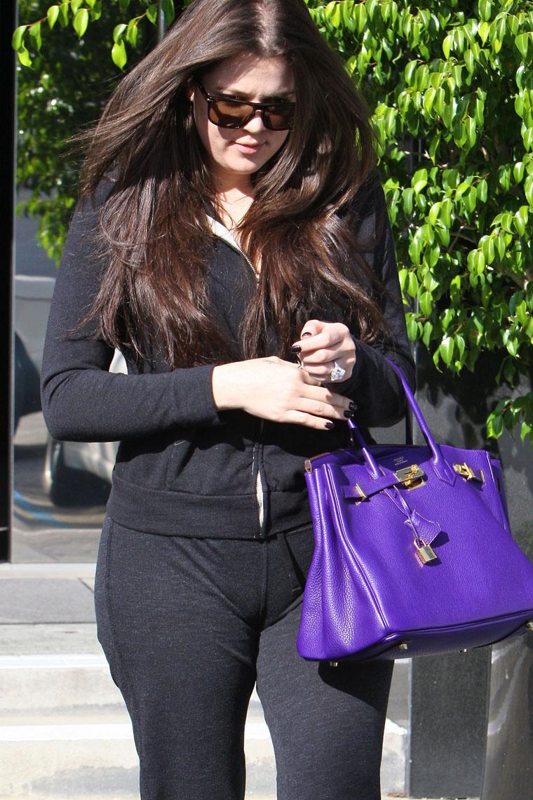 Camel Toe de Khloe Kardashian  TomatesPodres.com