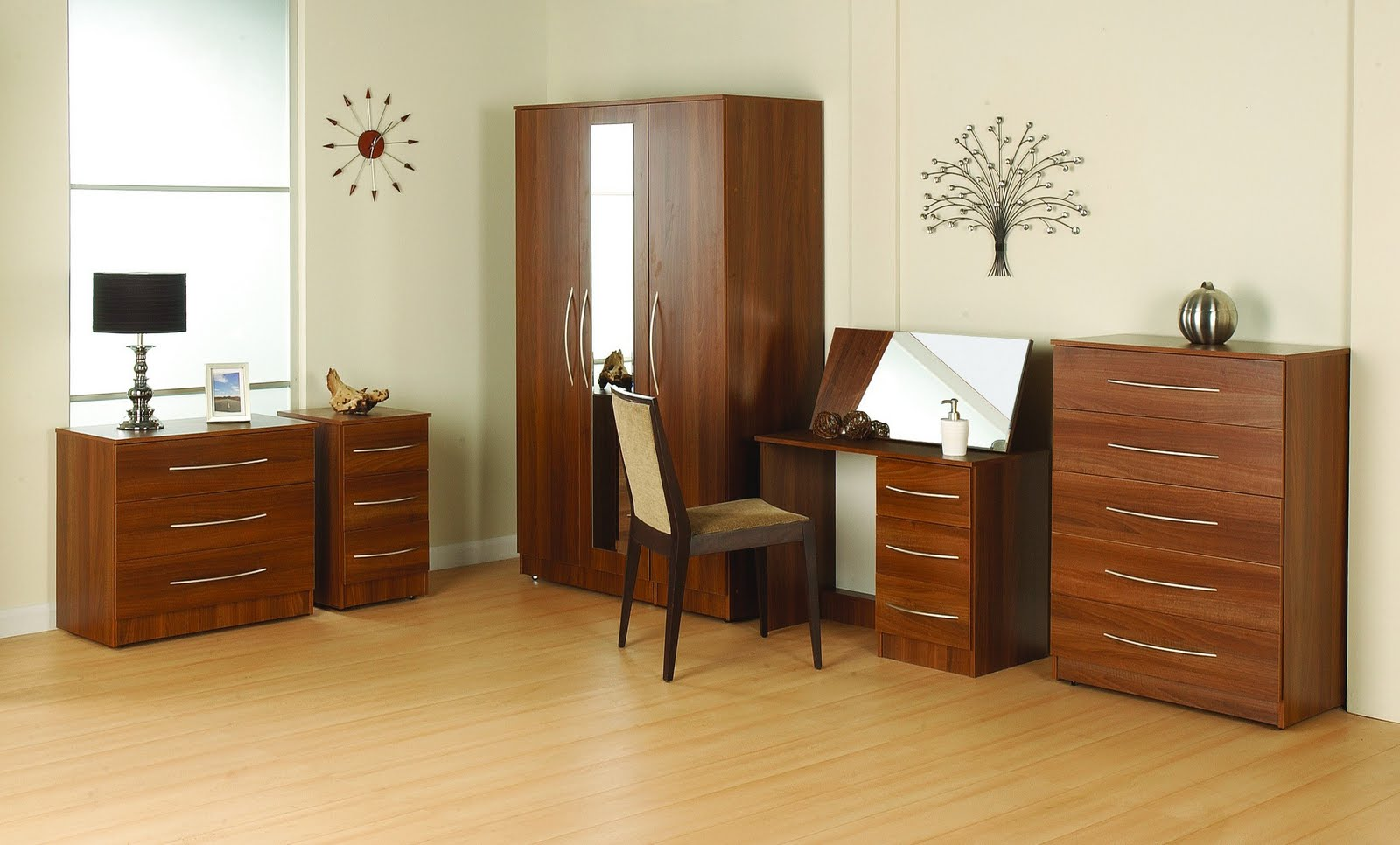 Home furnishing wardrobe designs for Wardrobe designs for small bedroom