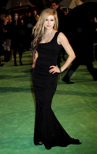 Avril Lavigne dress Alice in Wonderland Premiere