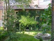 Árboles en la fachada