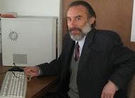 Profesor Mauricio del Valle Adán