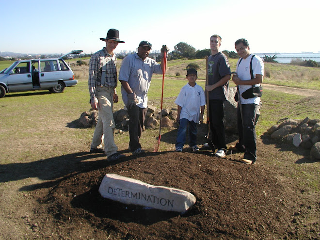 2007 - Installation of Interim Homage to Chávez