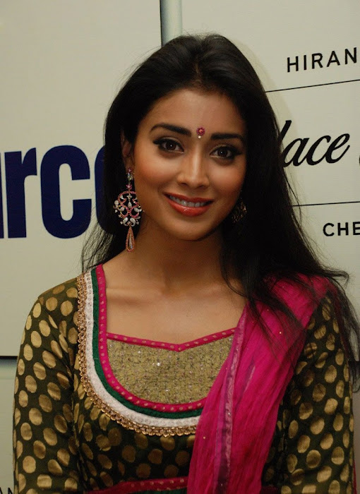 shriya xclusive cute stills
