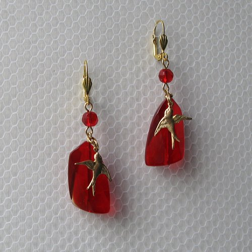 Flying birds earrings with red